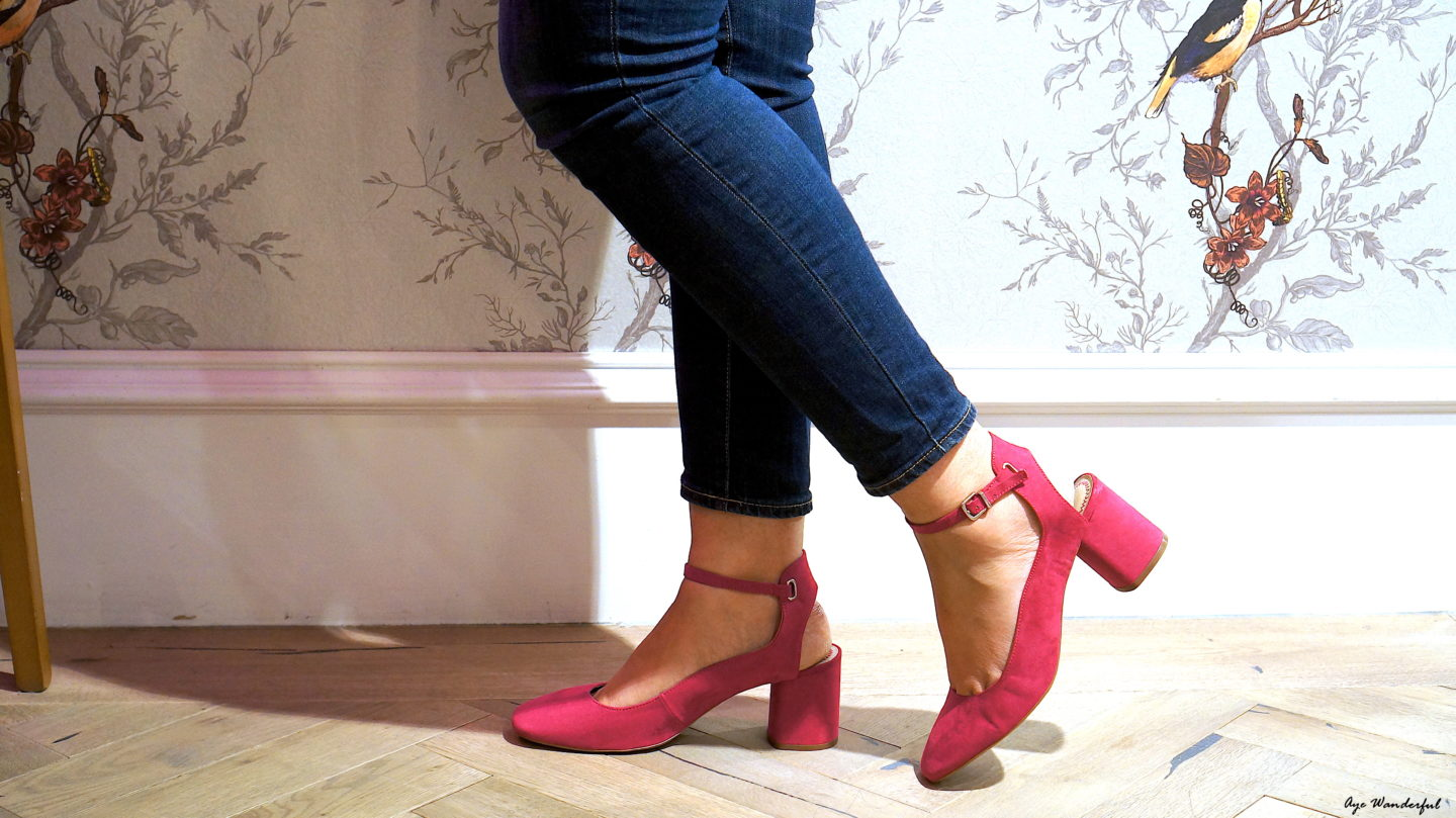 Next Pink Mid Heel Court Shoes | AW17 | Autumn Winter Style | Autumn Winter Trends | Saucer & Spritz cafe | Oasis Tottenham Court Road London | Looks and Locations | Read more on www.ayewanderful.com
