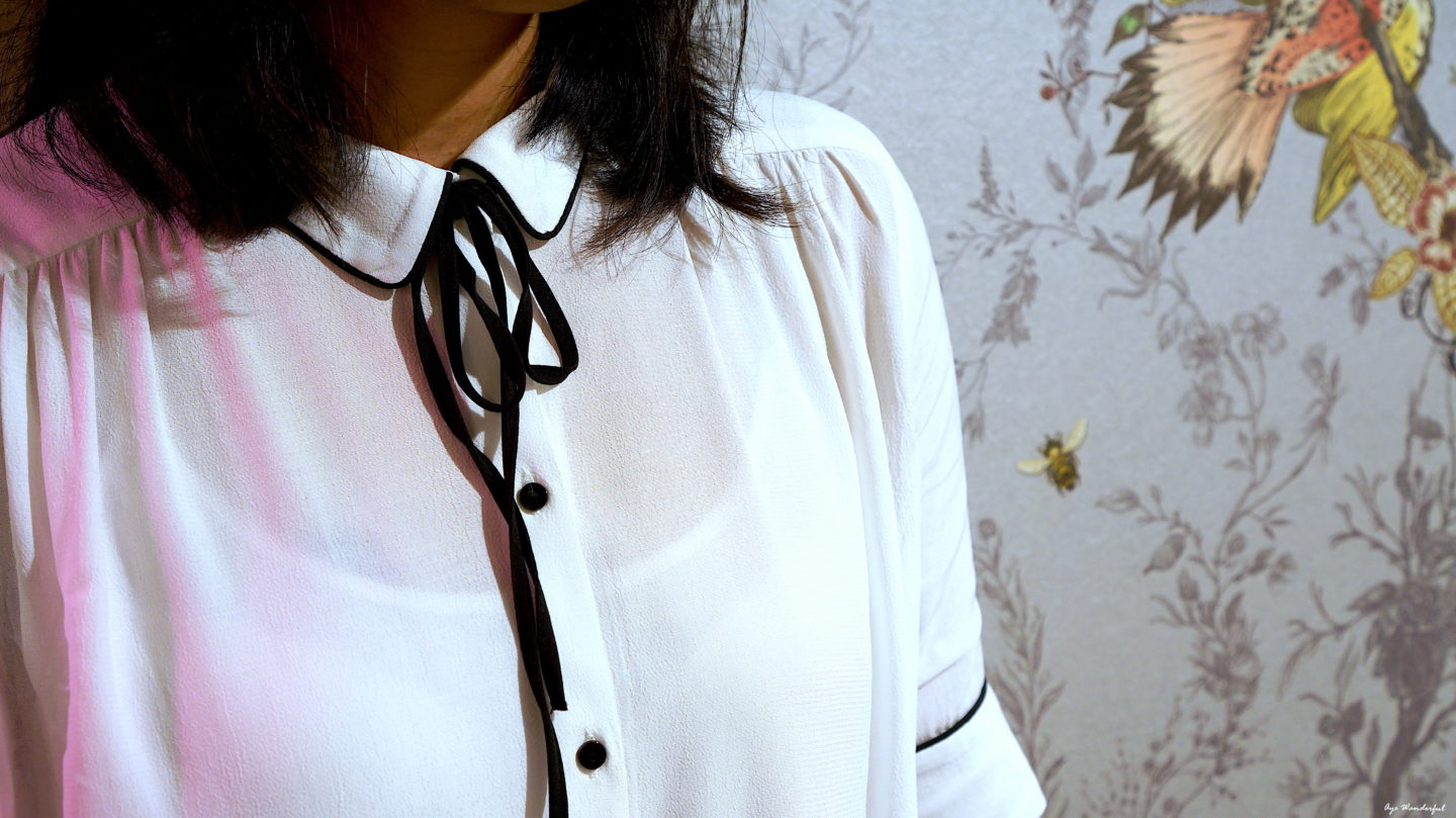 Zara pussy bow black tie white blouse | AW17 | Autumn Winter Style | Autumn Winter Trends | Saucer & Spritz cafe | Oasis Tottenham Court Road London | Looks and Locations | Read more on www.ayewanderful.com