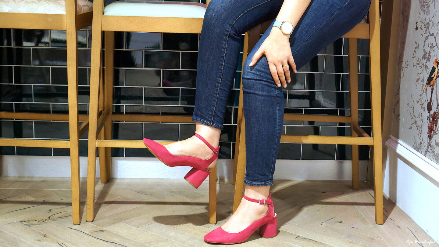 Looks & Locations – Pink Heels at Saucer & Spritz Cafe