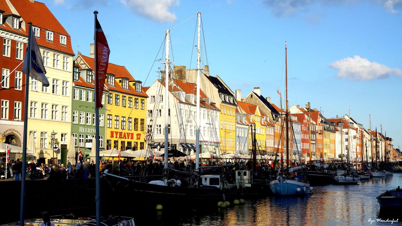 Travel Inspiration | Copenhagen | Nyhavn | Read more on www.ayewanderful.com